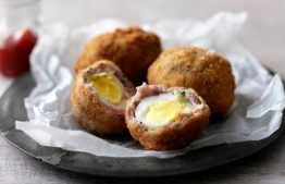 Picnic ideas – Alfresco Chicken Salad and Scotch eggs